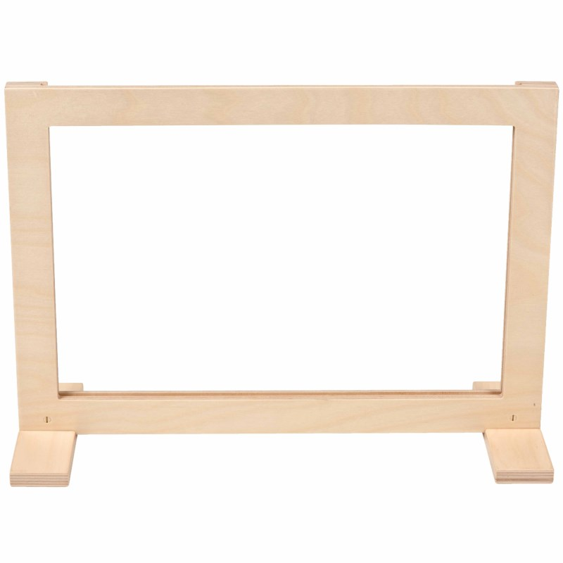 Wooden frame stand | Educo
